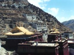 В Тибете появится своя авиакомпания