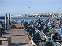 2. В океане синих лодок (Марокко)