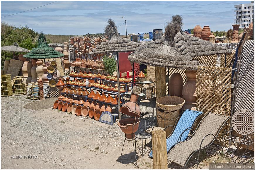 Произведения местных берберских мастеров.