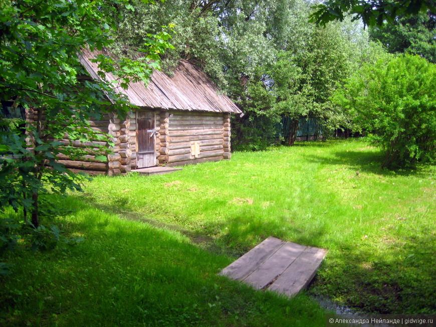 Дом-музей Федора Михайловича Достоевского (дворик)