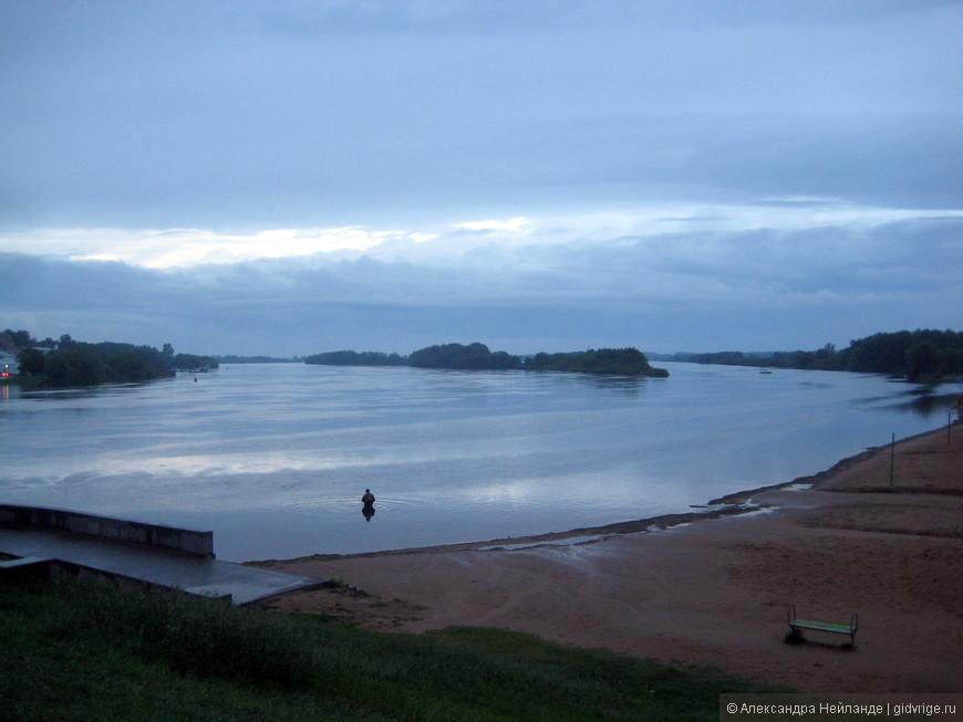 Таким был вид на реку Волхов и много веков назад....