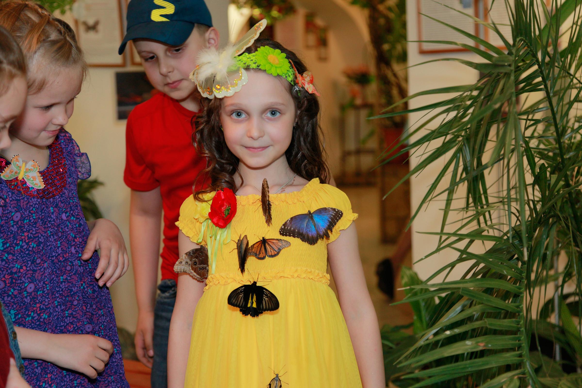 Детский праздник бабочек Аниматоры Центральная улица (поселок Киевский)