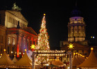 weihnachtsmarkt-am-gendarmenmarkt-flickr-jule_berlin.jpg