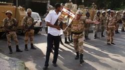 Туристов от боевиков в Египте охраняет армия