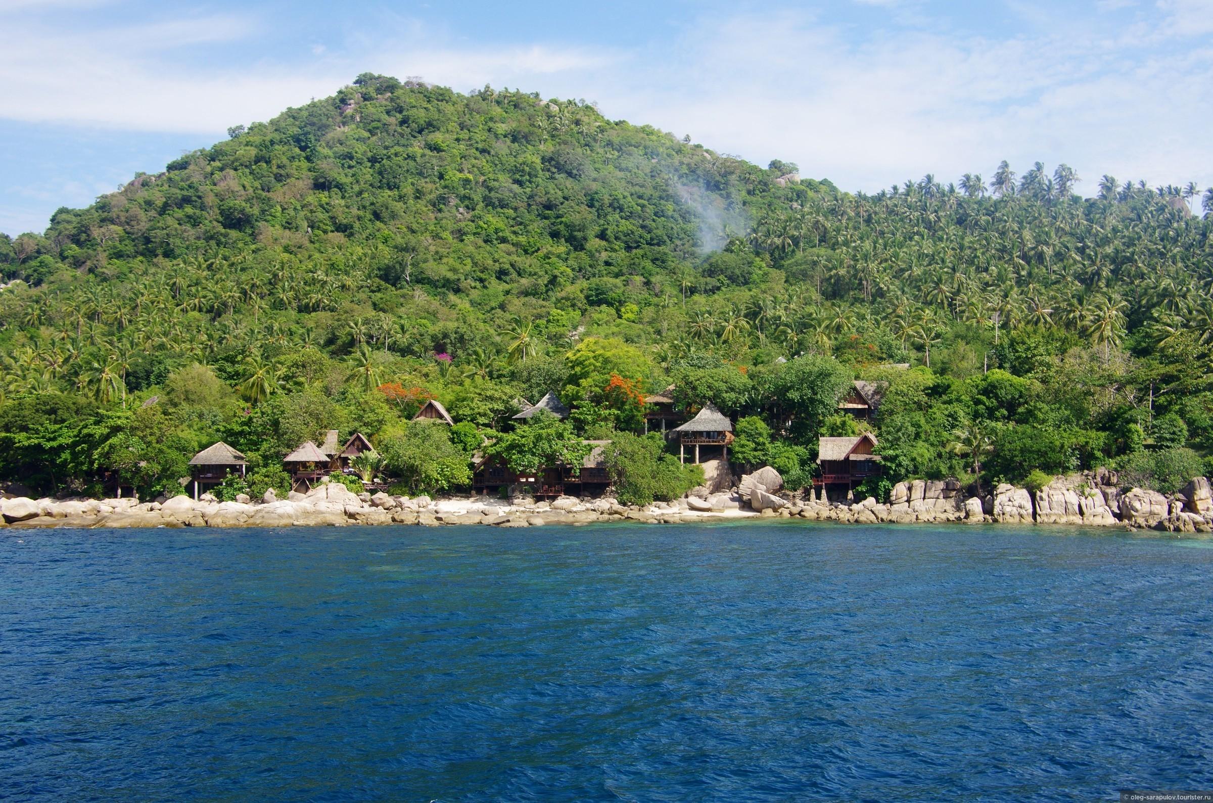 Наш отель Sensi Paradise Beach Resort с моря, Koh Tao, Thailand