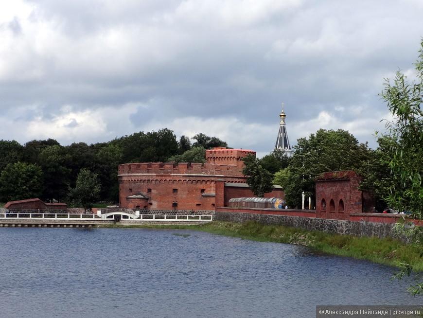 Вид на башню Дона - ныне Музей Янтаря