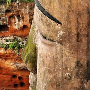 Лэшаньский Будда – самая высокая скульптура