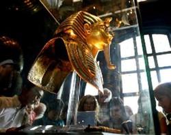 Исламисты разграбили музей древностей Египта