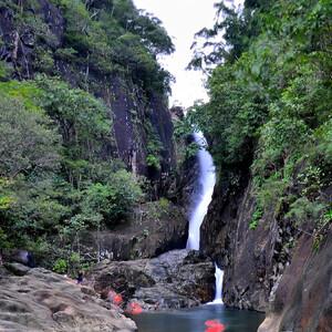 Водопад Klong Plu .