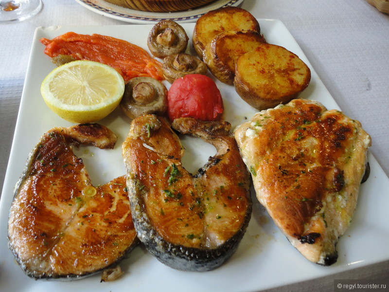 где поесть в испании без спинки