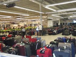 Аэропорт Рима распродает забытый багаж