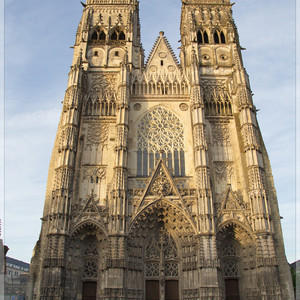 Tours Cathedrale Saint-Gatien