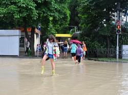В Сочи звучат сирены: город может затопить