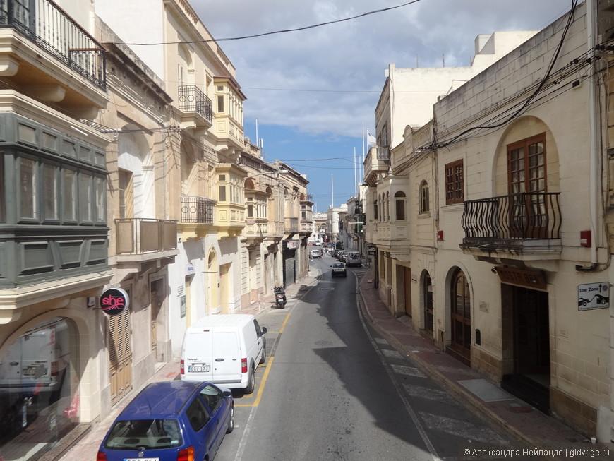 Моста - географический центр Мальты, ранее безопасное место на случай нападения корсаров.