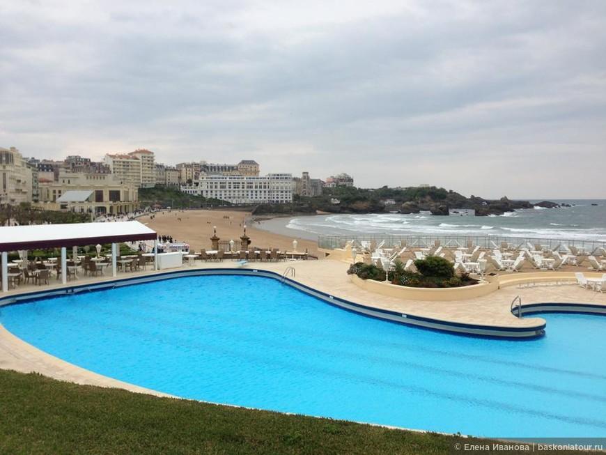 В 2006 году в отеле открыт СПА салон с бассейнами, джакузи, турецкими ваннами и саунами.