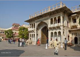 Во дворце любвеобильного магараджи (Индия)