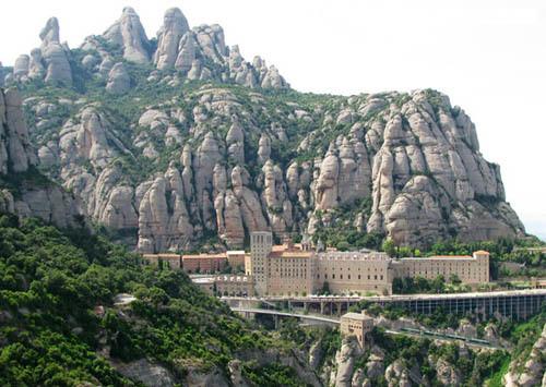 montserrat-monasterio.jpg