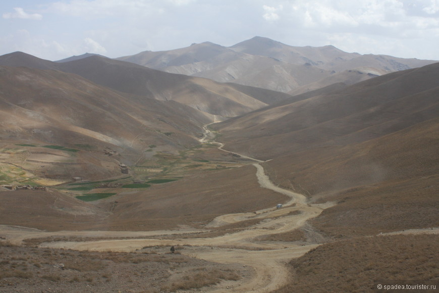 Дорога из Кабула в Бамиан