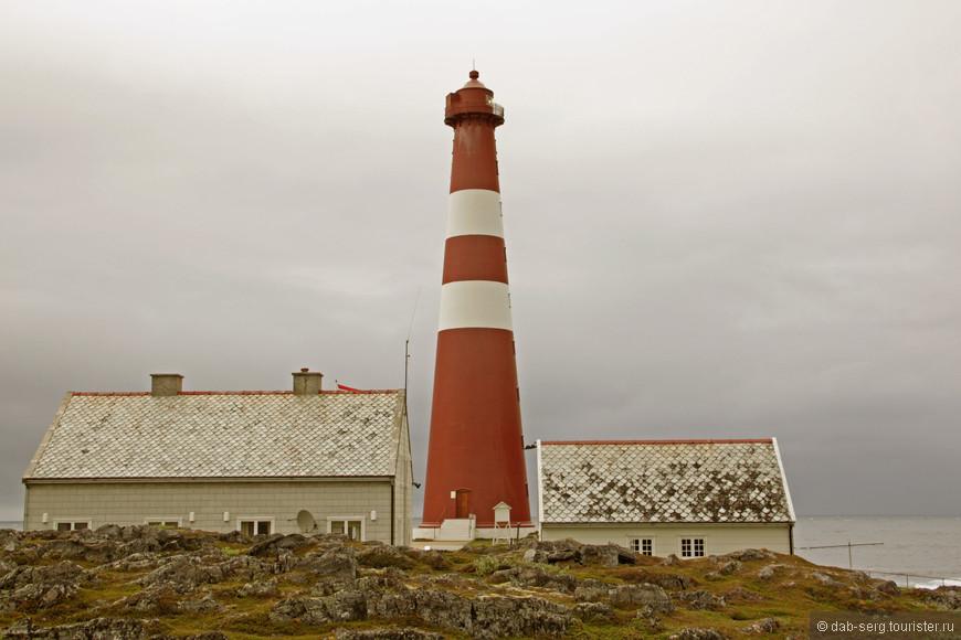 Маяк Sletness. Гамвик. Самый северный в мире маяк.