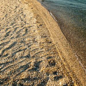 Мелкая галька почти на всем побережье. Недалеко от Пефкохори есть неплохой пляж с отличным песочком, почти как в Таиланде) Но об этом ниже