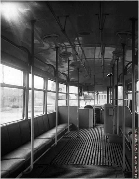 Один день из истории общественного транспорта в Праге.