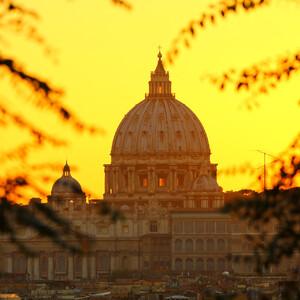 И целого Рима мало