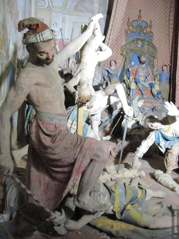 Ирод, как ему и полагается по имени, с упоением наблюдает за истреблением малюток.