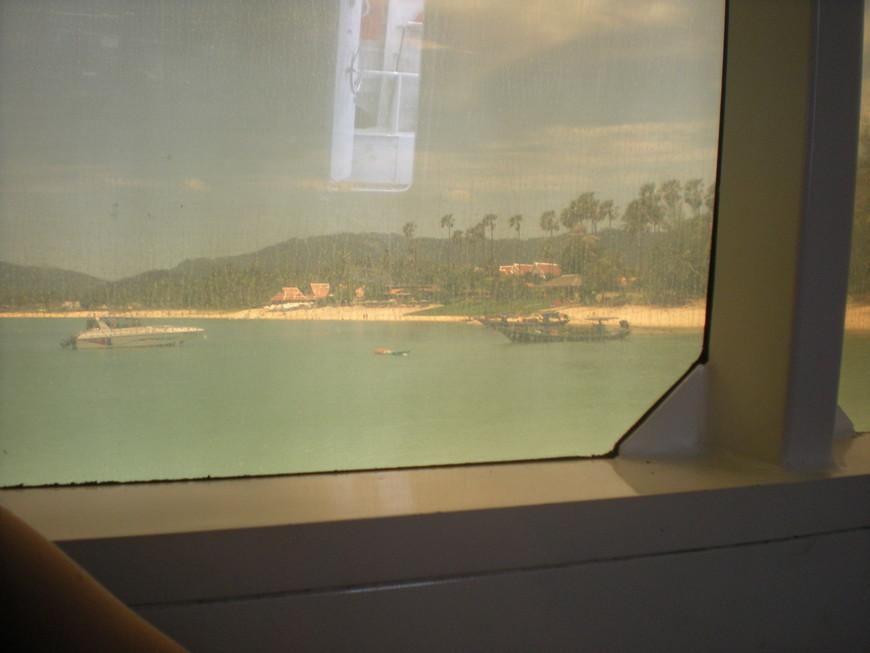 Переезд с Самуи на Тао. Вид из окна на пляж Мэнам.
