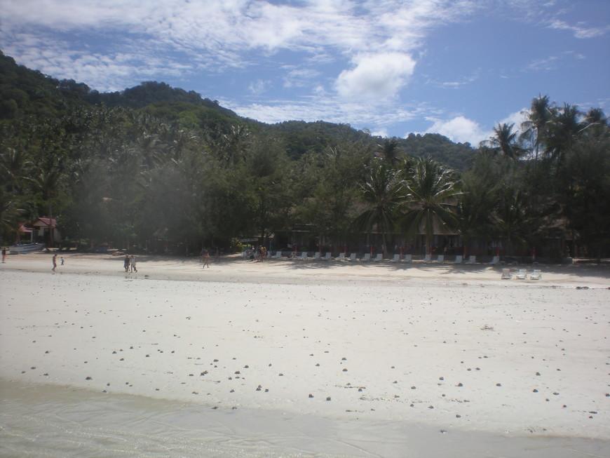 Пляж у отеля.на Ко Тао