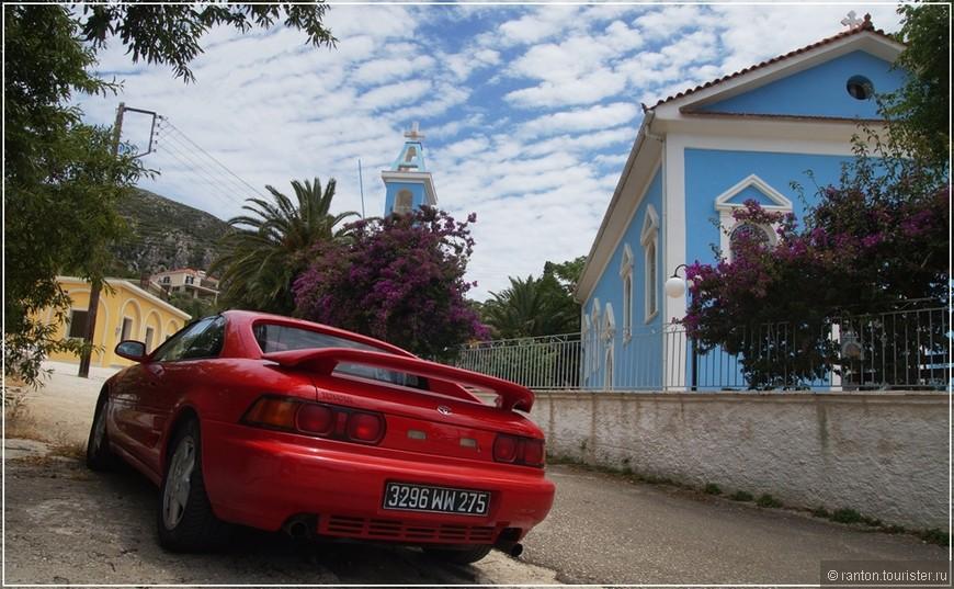 авто и церковь.jpg