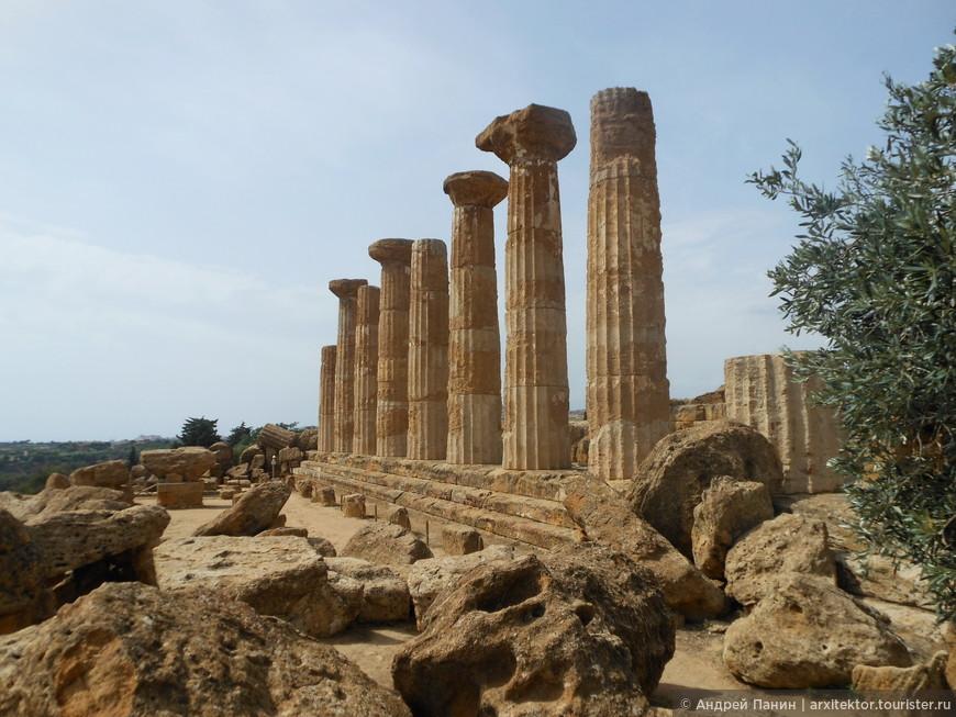Храм Геркулеса.