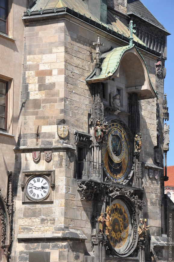 Астрономические часы Орлой.