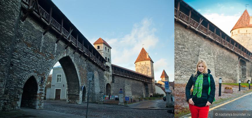 Кстати,мне очень понравилось,что крепостная стена практически полностью сохранилась...и если бы не перерывы из домов, было бы круто по ней погулять. НО, это можно сделать кусками, заплатив всего...евро 2))))