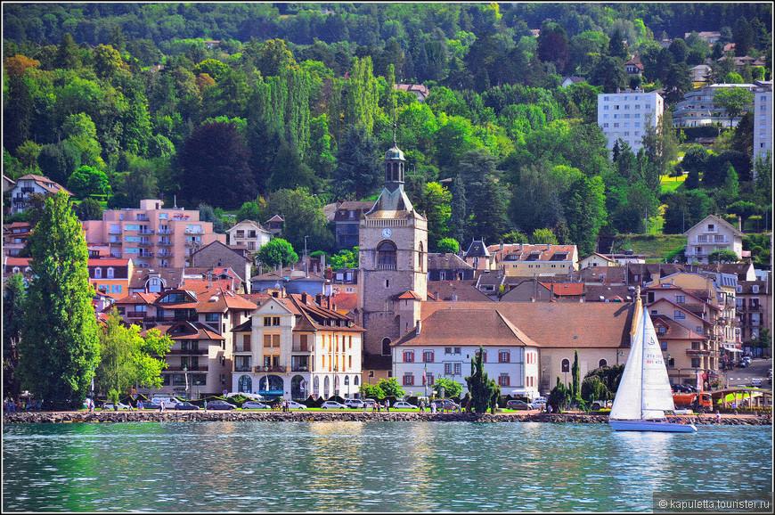 Эвиан раскинулся на южном берегу в виде амфитеатра. Расположение курорта очень удачное. Женевское озеро - подножье горного массива Шабли - предгорье Савойских Альп.