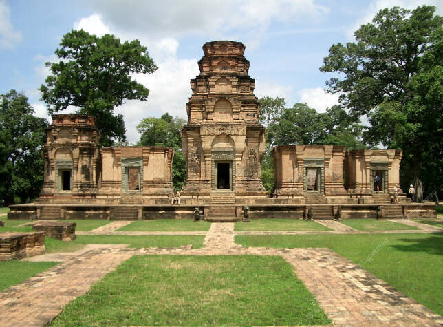 introduction to angkor wat Siem reap and the temples of angkor siem reap historical hanoi and tourism-boom town siem reap — home to the world-famous angkor wat temples — are some of.