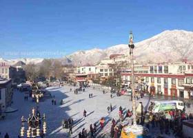 Зима в Лхасе - первый снег