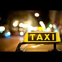 Парижские таксисты бастуют
