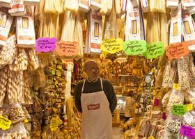 В стародавние времена девушку в Неаполе не взяли бы замуж, если она не умеет готовить 17 видов пасты.