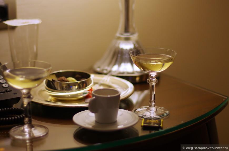 Новогодний бокал шампанского
