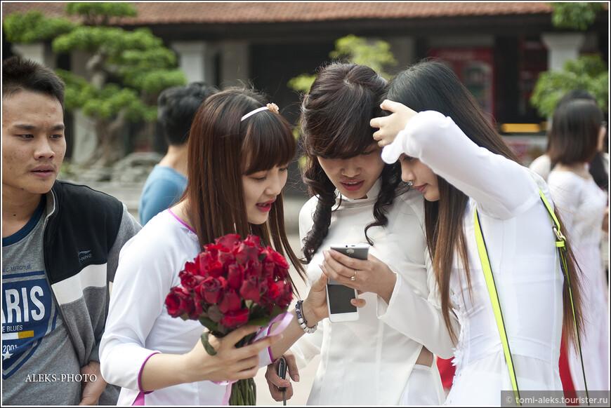 Обмен впечатлениями. Кстати, похоже, что длинные волосы у вьетнамок - символ красоты. Что-то я мало среди них видел коротковолосых с каре...