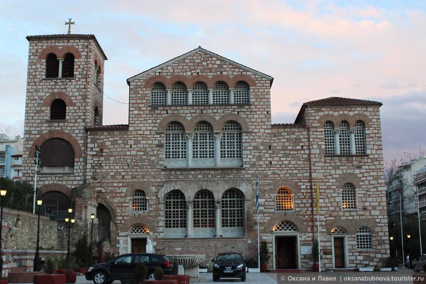 Храм Святого Димитрия - покровителя города Салоники.