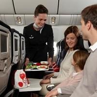 Российские депутаты хотят запретить авиакомпаниям экономить на еде для пассажиров