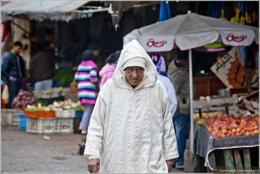 Вот почему у марокканцев редко увидишь улыбку на лице? Чаще всего они какие-то зажатые и угрюмые. Хотя, если честно, мы не сильно от них отличаемся...
