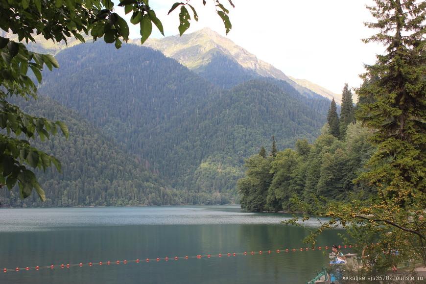 озеро Рица ....