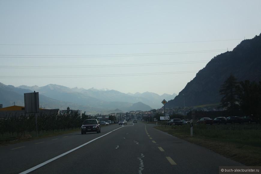 Ехать по долинам не интересно, дорога не проходит мимо значимых мест. Поэтому стоит решить для себя какой курорт стоит посетить.