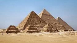 В египетской Гизе - только пирамиды
