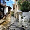 В деревне Какопетрия на Кипре в горах. Экскурсия с частным индивидуальным гидом по Кипру на русском языке