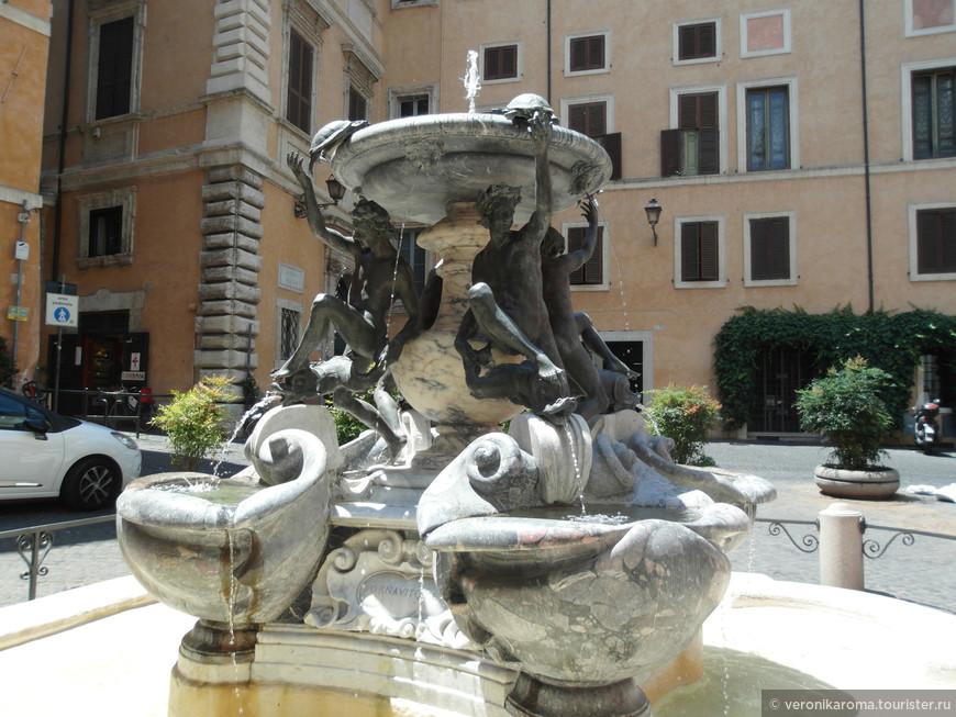 Один их моих самых любимых фонтанов в Риме, фонтан черепах на пл. Маттей
