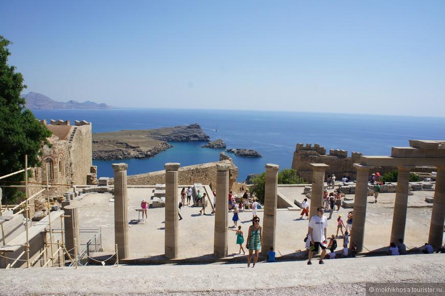 храм Афины Лидийской. Не обошли стороной этот храм даже Александр македонский, Елена Троянская и Геракл :), по словам гида
