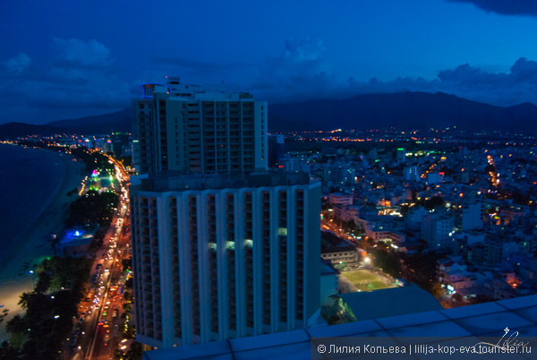 """Вид на город с 28-го этажа отеля """"Шератон"""""""